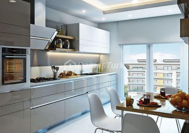 مجمع شقق ومحلات تجارية جاهز للسكن في اسطنبول الأوروبية منطقة بيليك دوزو DS284  || شركة داماس تورك العقارية 02