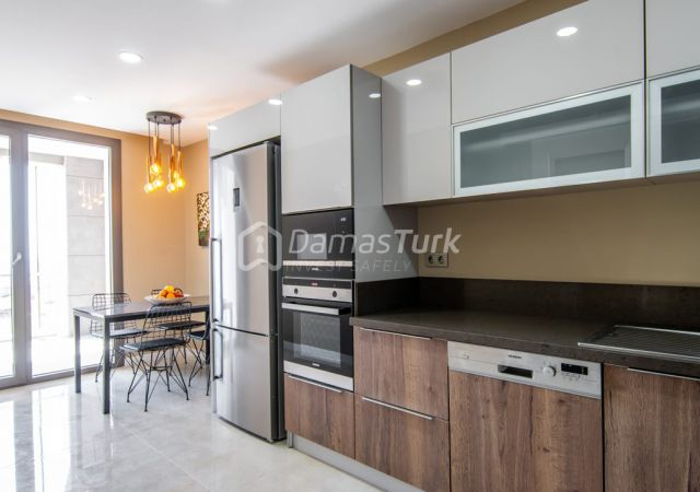 مجمع شقق استثماري جاهز للسكن بإطلالة بحرية رائعة في اسطنبول الأوروبية منطقة بيوك شكمجة DS283  || داماس تورك العقارية 06
