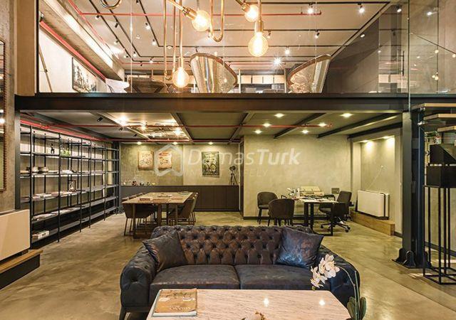 مجمع شقق استثماري جاهز للسكن بإطلالة بحرية رائعة  في اسطنبول الأوروبية منطقة شيشلي DS293  || شركة داماس تورك العقارية 01